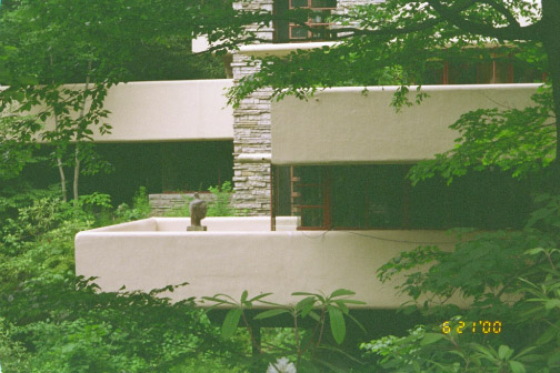 Fallingwater pictures view of western half of house for Terrace house stream online