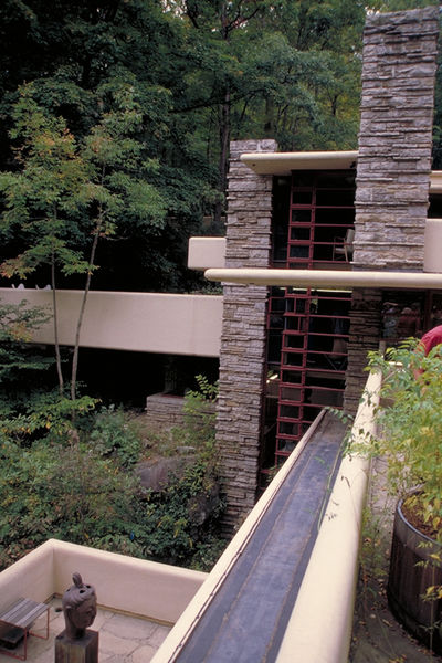 fallingwater pictures west tower frank lloyd wright house above waterfall. Black Bedroom Furniture Sets. Home Design Ideas